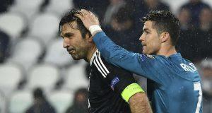 Gianluigi Buffon dan Cristiano Ronaldo